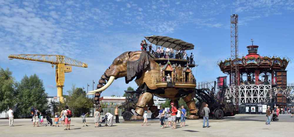 2048x1536-fit_grand-elephant-machines-ile-repos-jusqu-7-fevrier