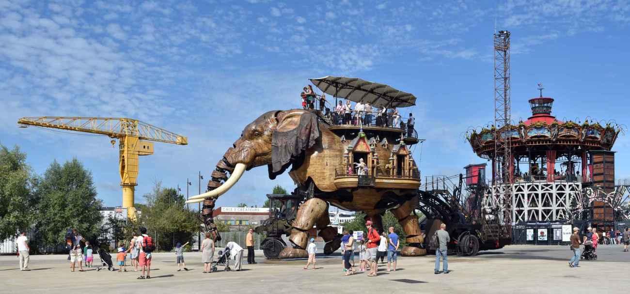 2048x1536-fit_grand-elephant-machines-ile-repos-jusqu-7-fevrier