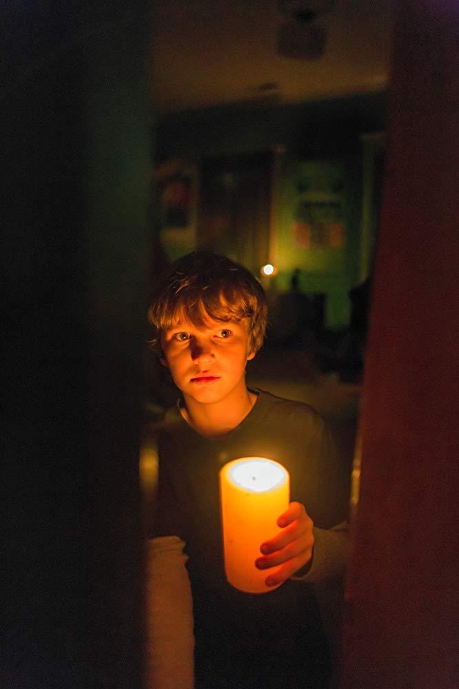 tomabooks-dans-le-noir-lights-out-scene