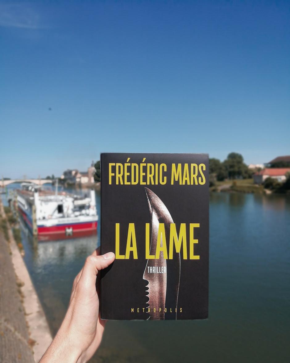 la-lame-frederic-mars-editions-metropolis